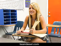 Handsome blonde desired her sexy teacher
