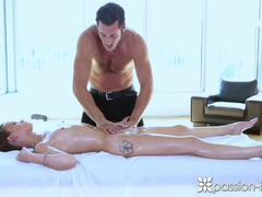 Young and slender babe got hot and massage and fucked her masseur